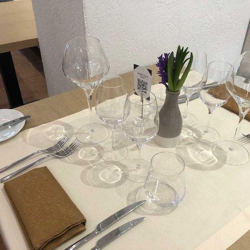 Experiencia de cata de vinos en la fortaleza de Oradea