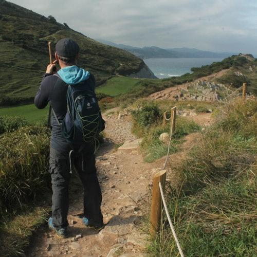 Caminata por el geoparque vasco de Zumaia + tren desde San Sebastián