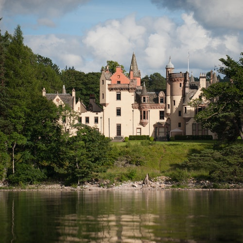 Loch Ness Cruise & Urquhart Castle Guided Tour