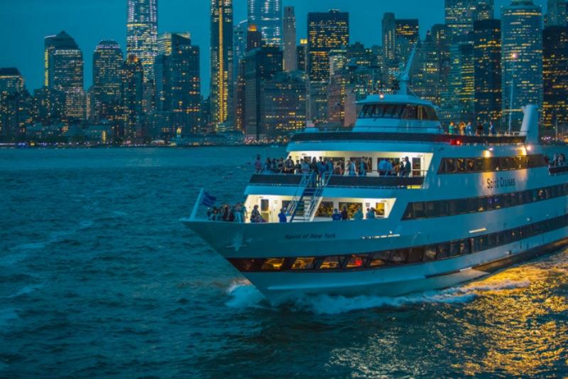 Billets pour Dîner-croisière pour admirer la skyline de New York