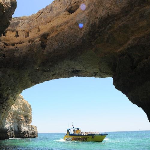 Excursión en lancha de cuevas y observación de delfines desde Albufeira