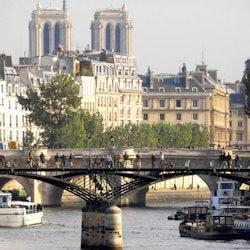 Tickets, museos, atracciones,Tickets, museums, attractions,Combinado Torre Eiffel,Autobús turístico,Hop On Hop Off,Torre Eiffel,Crucero por el Sena