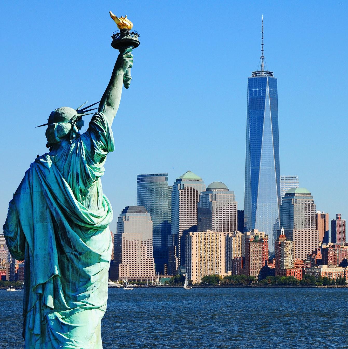Billets pour La Statue de la Liberté et Ellis Island + guide de la ville