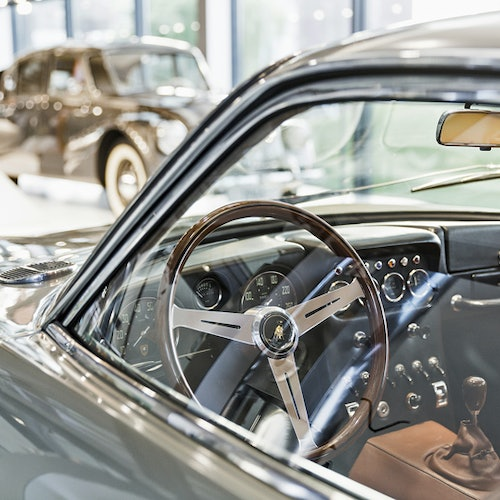 Automobile stories: Guided Tour