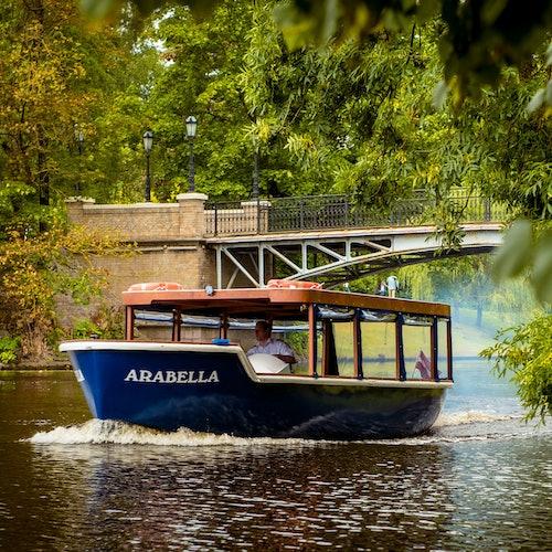 Crucero por los canales de Riga