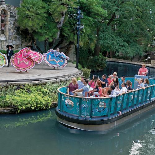 Bus turístico 48 horas + Crucero por San Antonio