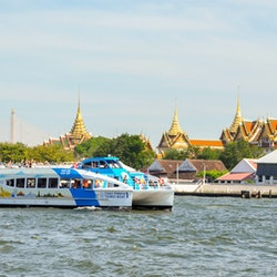 Hop-on Hop-off Boat Chao Phraya River: 1-Day Pass