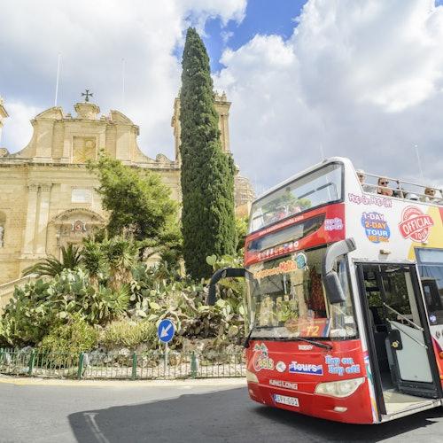 Bus turístico Malta